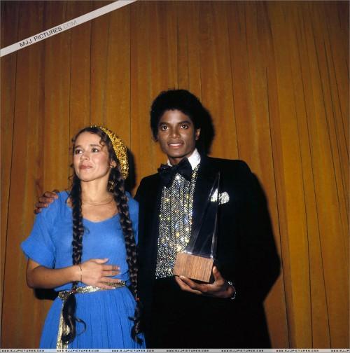 1980-The7thAmericanMusicAwards4.jpg