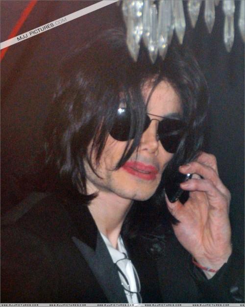MichaelshoppinginBeverlyHills2008237.jpg